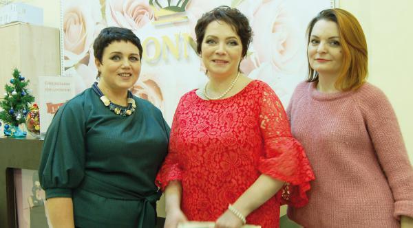 Девушки модели в тихвин работа для девушки в москве и московской области
